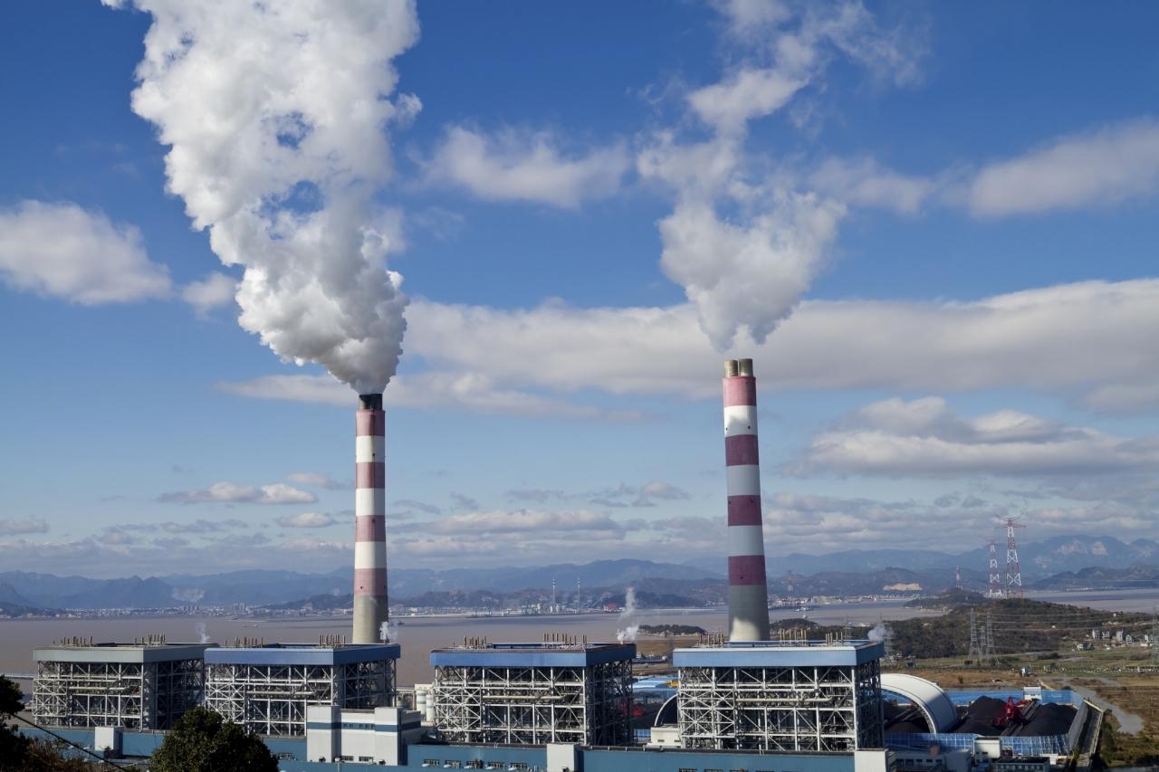 Emisije toplogrednih plinov že drugo leto zapored na enaki ravni