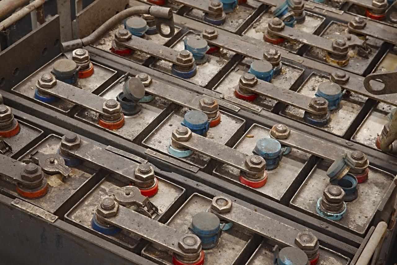 Stare baterije - večji potenciali so pri novih litij-ionskih baterijah